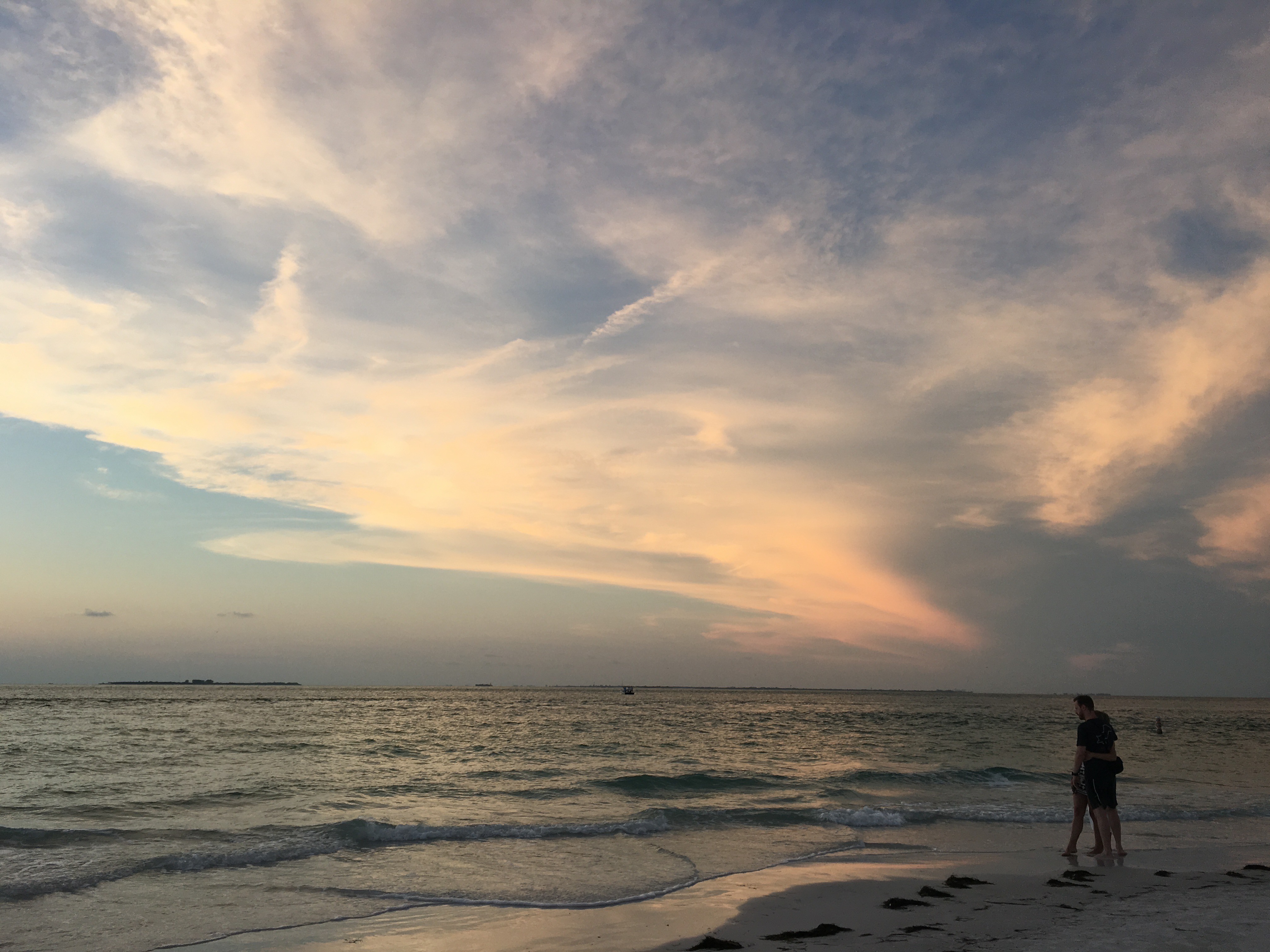 5 Reasons to Visit Anna Maria Island, Florida. Where to eat, where to stay and which beaches to visit. #florida #beaches #annamariaisland